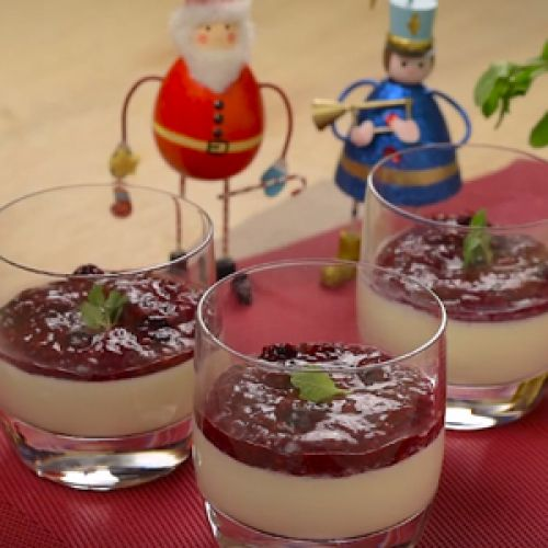 Panna Cotta with Berries Compote